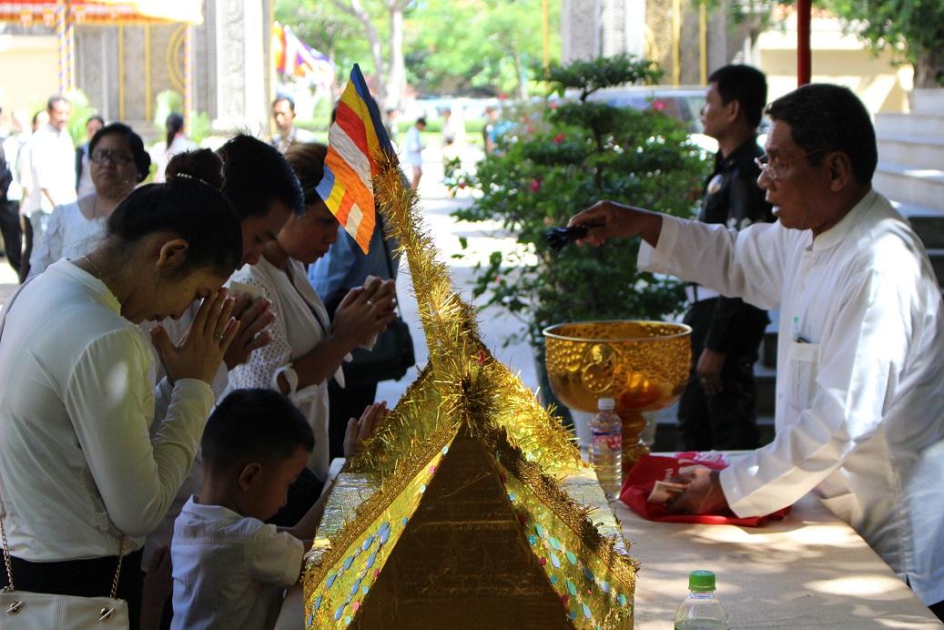 明日から3日間休日になるカンボジアのお盆「プチュンバン」とは?