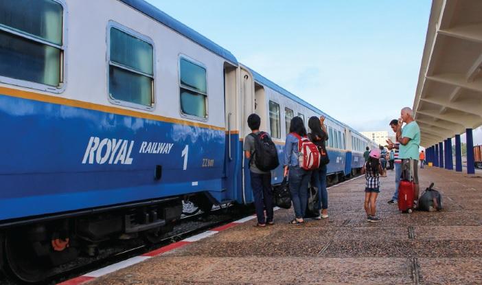 列車に乗って行こう!! <カンボジア・フォトさんぽ>