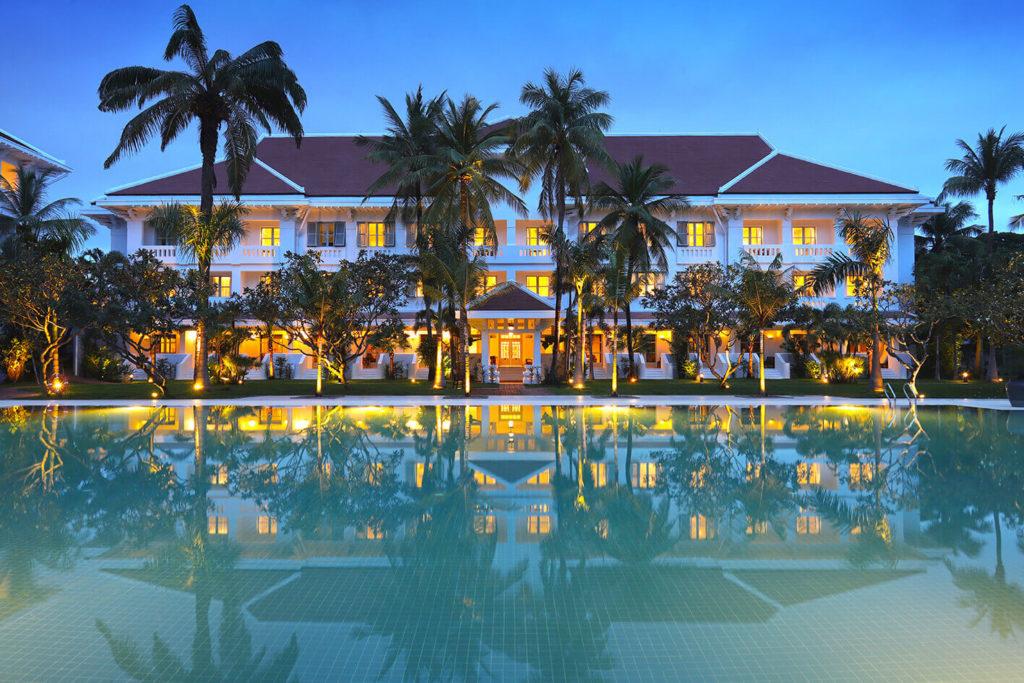 10/1 Raffles Grand Hotel d'Angkor がリニューアルオープン!