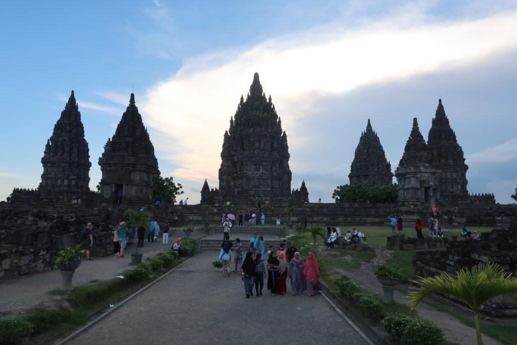 マルシャルが訪れたインドネシアのプランバナン遺跡