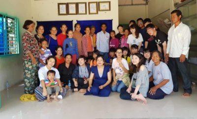 保護者ミーティングで、KCS が支援している27人の子供たちの親御さんと、KCS 日本支部の学生が交流