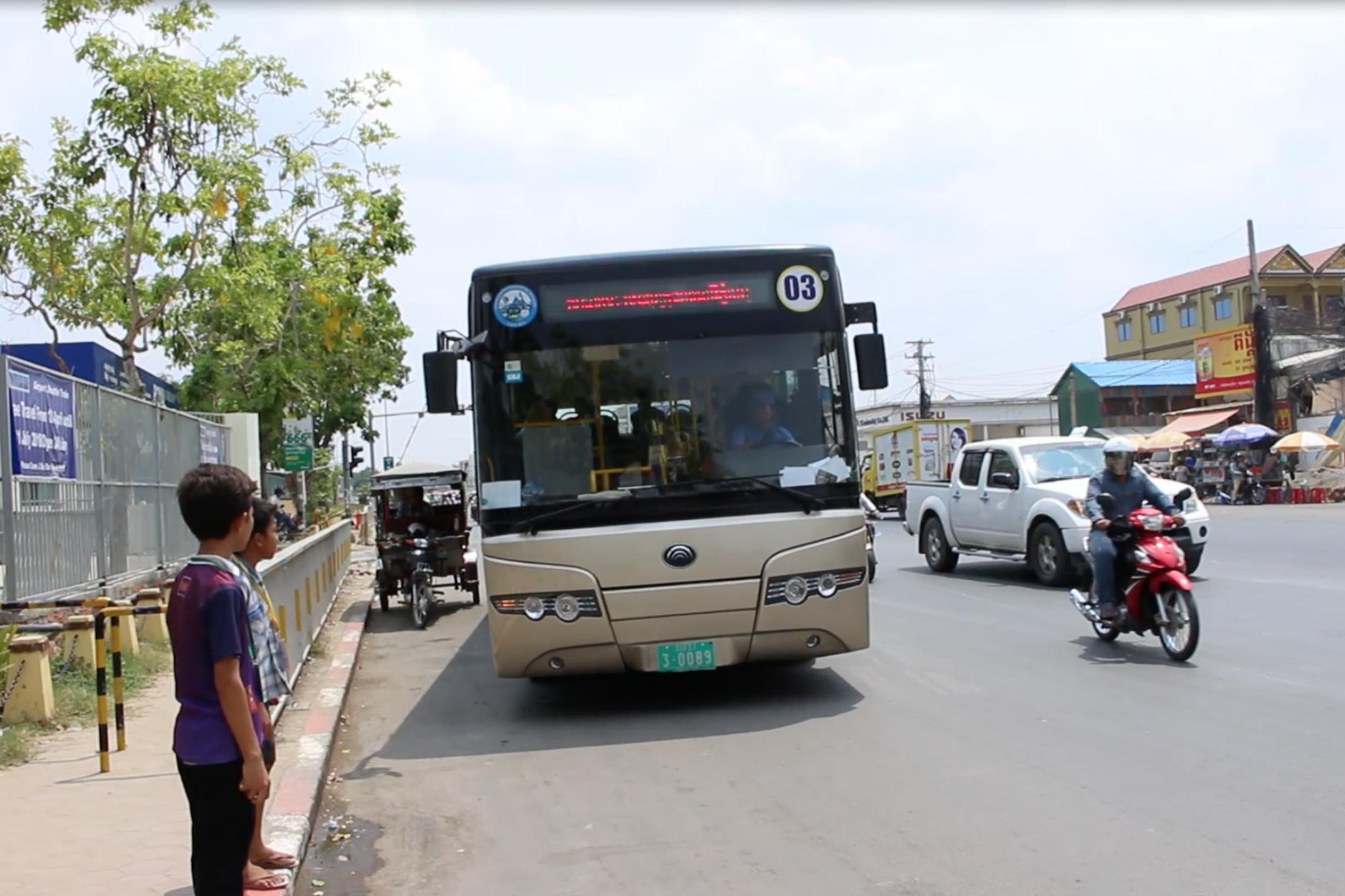 8路線まで拡大中! どんどん便利になる公共バスでプノンペン市内を移動しよう!